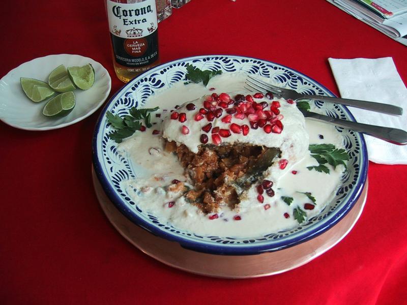 chiles en nogada 3